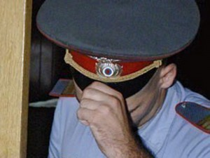 снимать сотрудников полиции